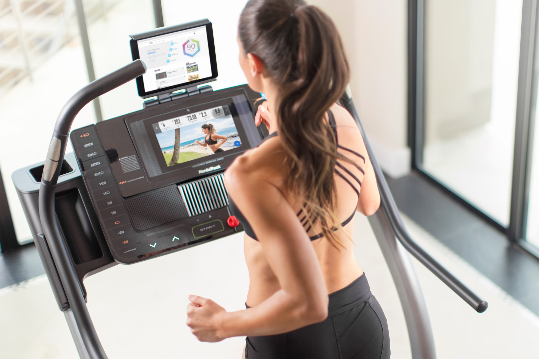 NordicTrack X11i Incline Trainer gallery image 2