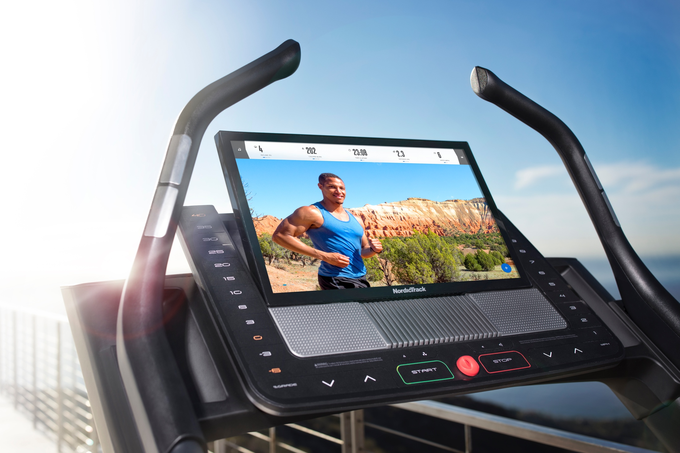 NordicTrack X22i Incline Trainer gallery image 4