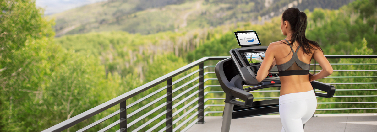 3 Running Form Adjustments That Will Make Your Treadmill Workout More Effective